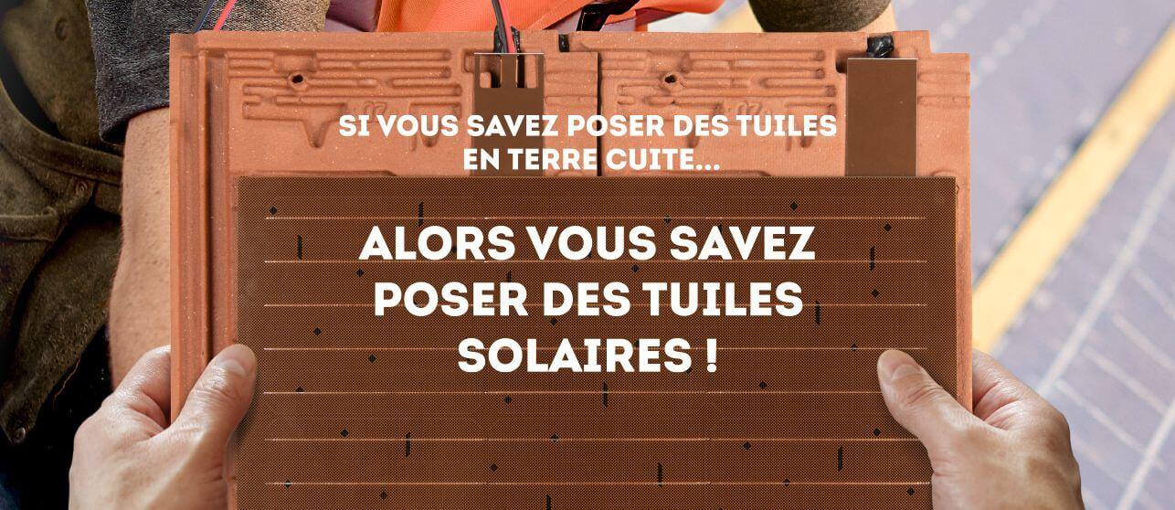 Poser des tuiles solaires